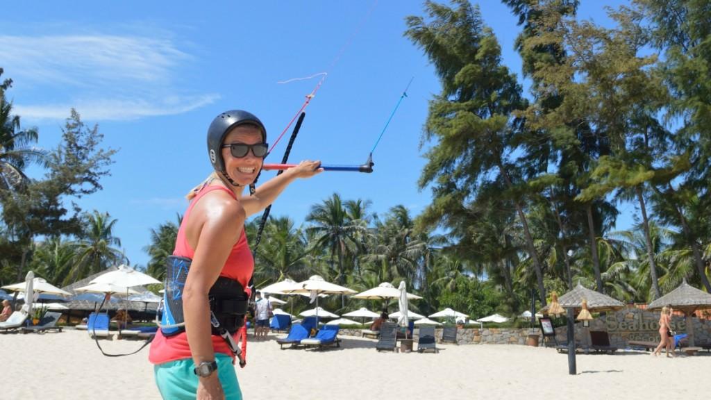 Christine_West,_Fins_to_Spurs,_Kitesurfing_Mui_Ne,_Vietnam,_C2Sky,_One_Handed