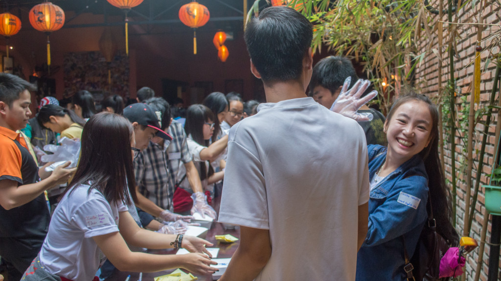 Volunteer in Vietnam, Fins to Spurs, Lanterns Restaurant, Nha Trang