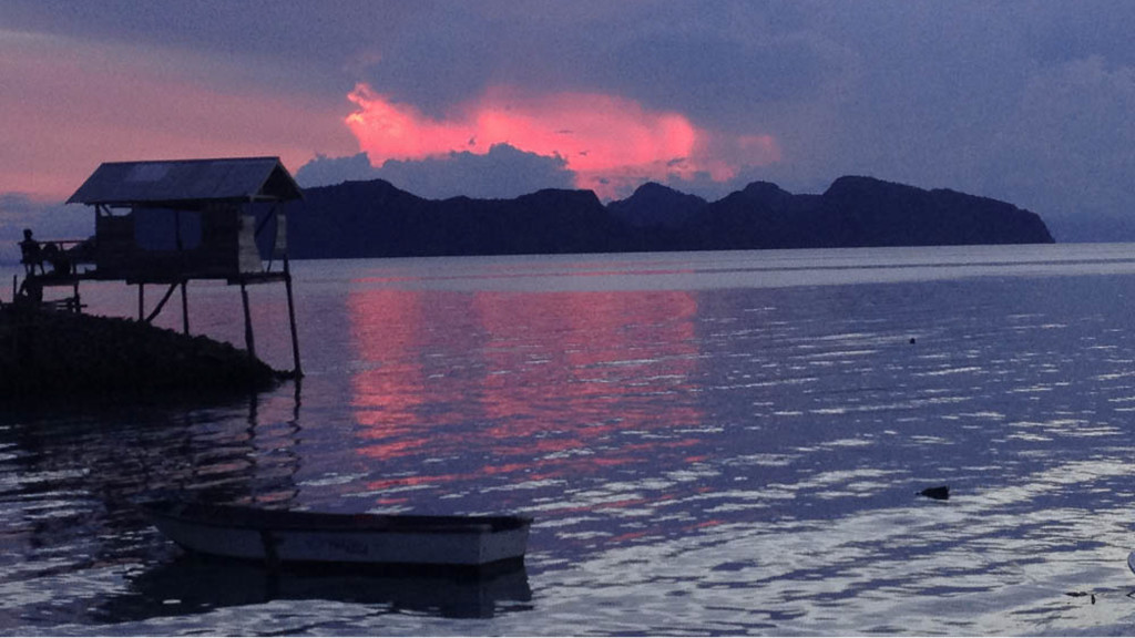 Fins to Spurs, Build Reefs, Borneo, Pom Pom Island, Sunset