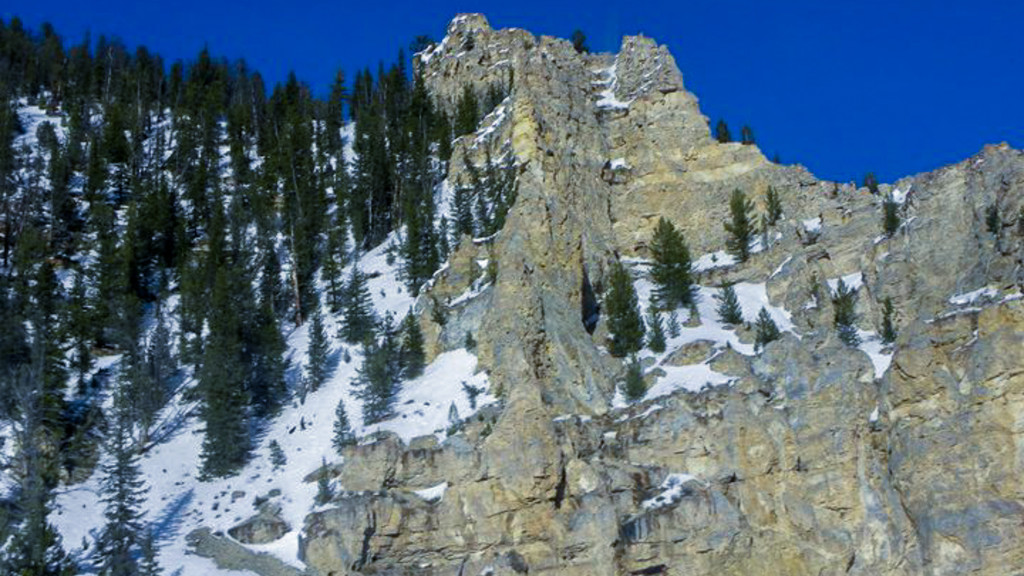 Cliffs and Snow1, Ski Resort, Montana, Fins to Spurs