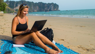 SEASONAL WORK ABROAD: 10 ESSENTIAL TIPS FOR APPLYING ONLINE